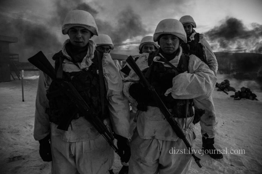 395-я стрелковая дивизия и 83-я бригада морской пехоты черноморского флота оборону в районе с фанагорийское