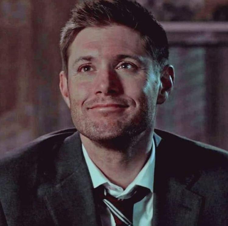 Dean's best shit-faced grin!!