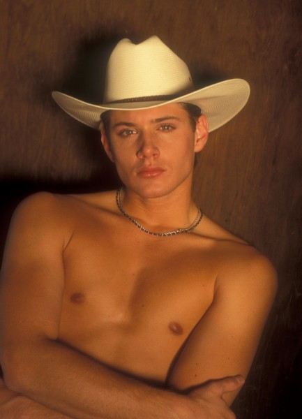 Jensen-Ackles-Shirtless-Cowboy-Photo-Shoot-Pictures