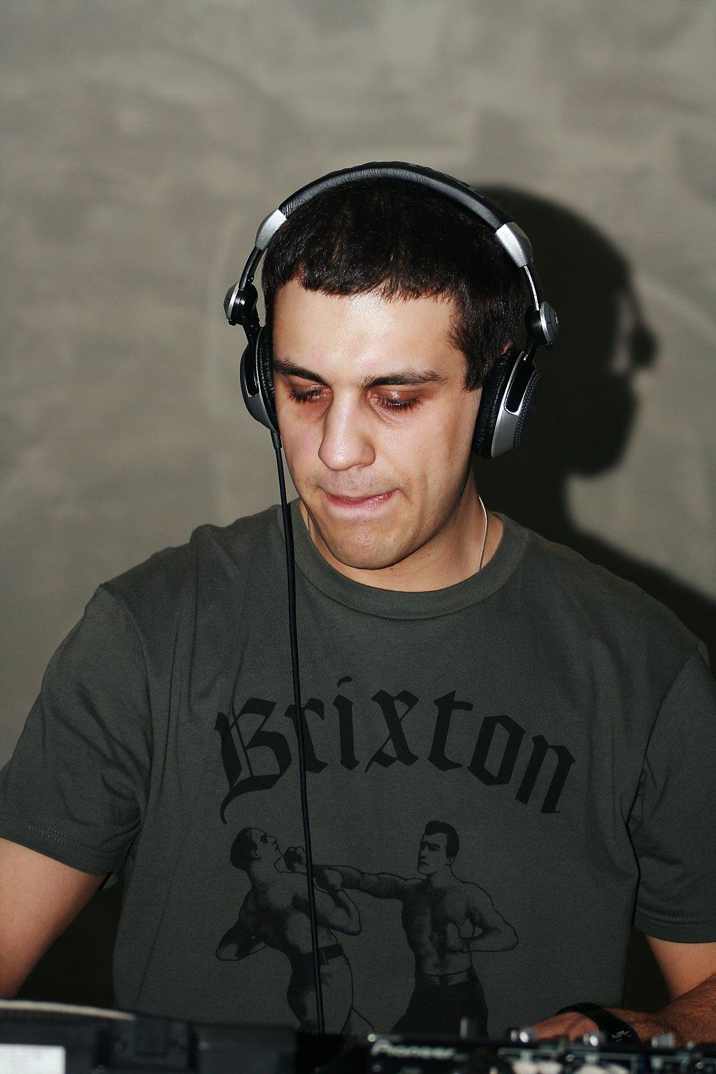Oleg Fstep — диджей, автор и ведущий радио-шоу NEXT'ep