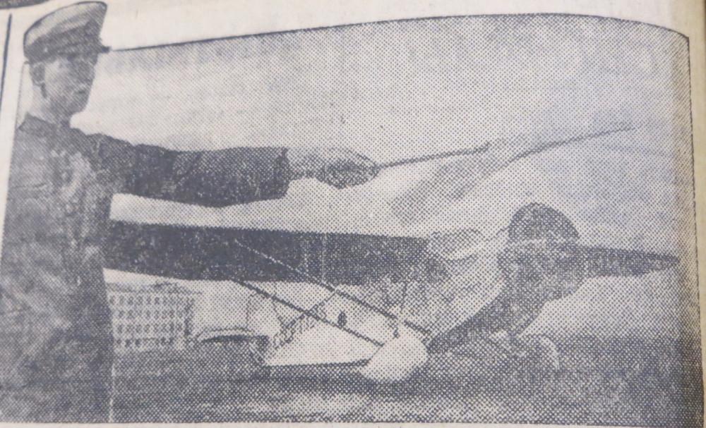 1936-05 сталь-3 перед вылетом в москву.jpg