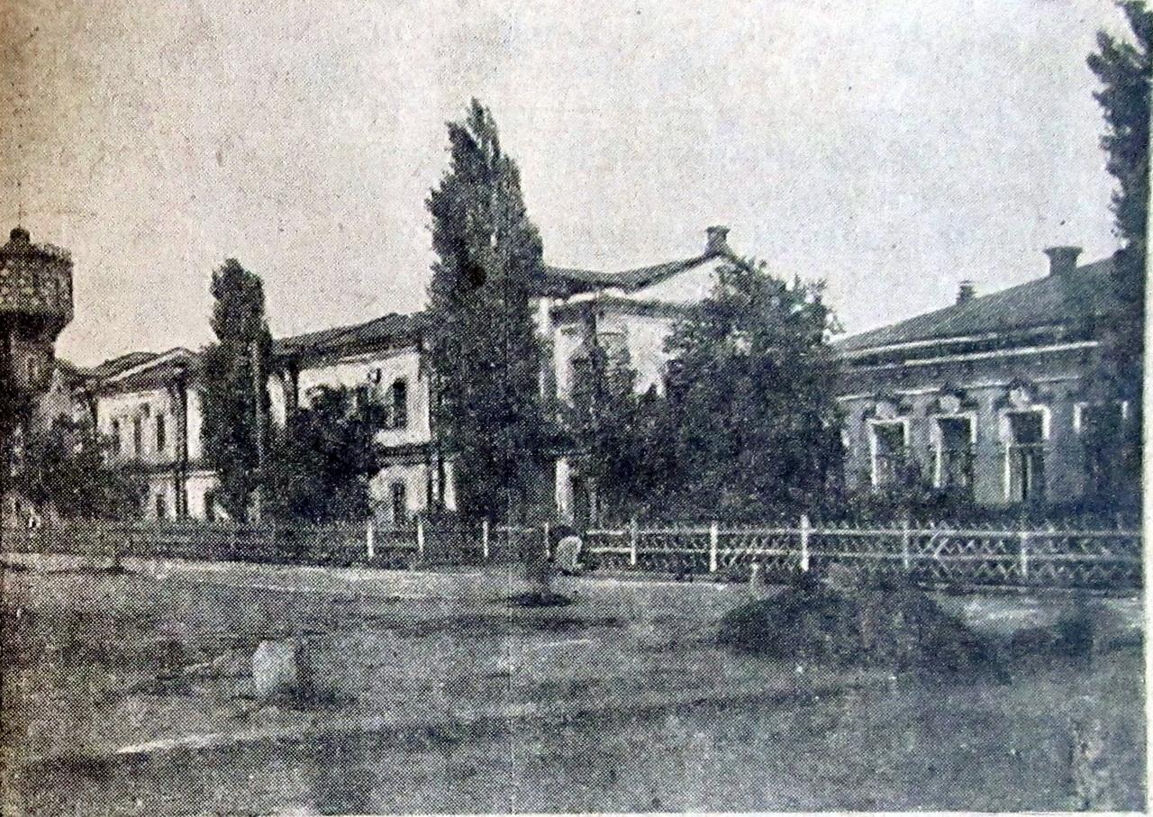 табачная фабрика левковича после 1910е гг.jpg
