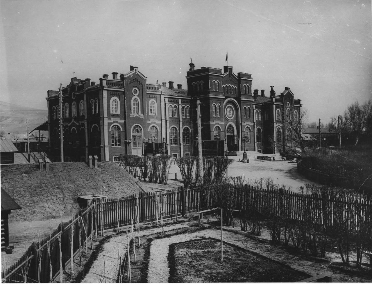 1881-жд вокзал.jpg