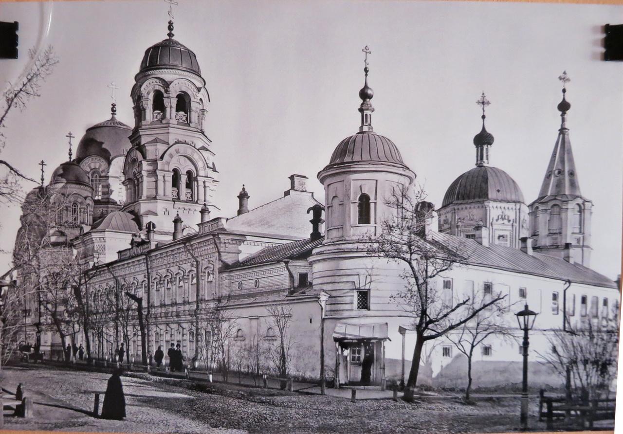 крестовоздвиженский монастырь лермонтова-первомайская.jpg