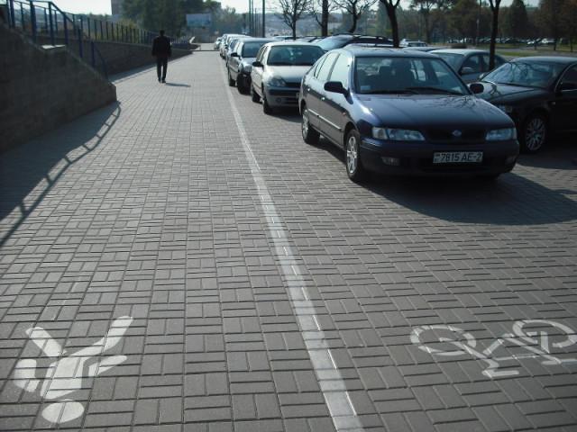 Illegal Parking on ul. Pushkinskaya