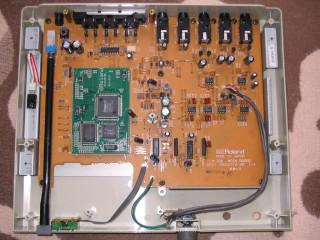 2011-06-04 Roland CM-300 PCB