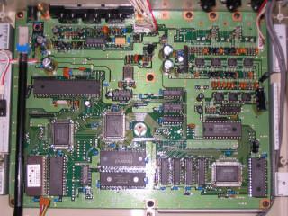 2011-06-04 Roland CM-64 PCB #1 (CM-32L)