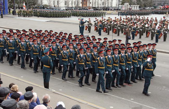 проводную гарнитуру зимняя парадная форма войск рхбз фото надхвостьехотя мы, привычке