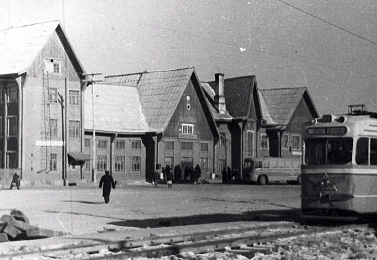 Железнодорожный вокзал (г комсомольск-на-амуре), комсомольск-на-амуре, магистральное шоссе, 2 фотоальбомы