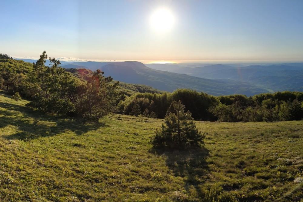 (фото Егора) Панорама в сторону Бойкинского массива и верховий Бельбекской долины.