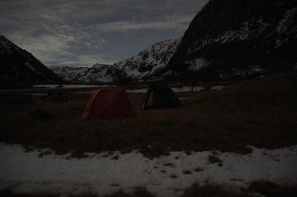 Наш лагерь на берегу Ледовитого океана