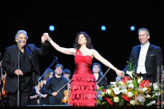 Пласидо Доминго, Анна-Мария Мартинес, Юджин Кон