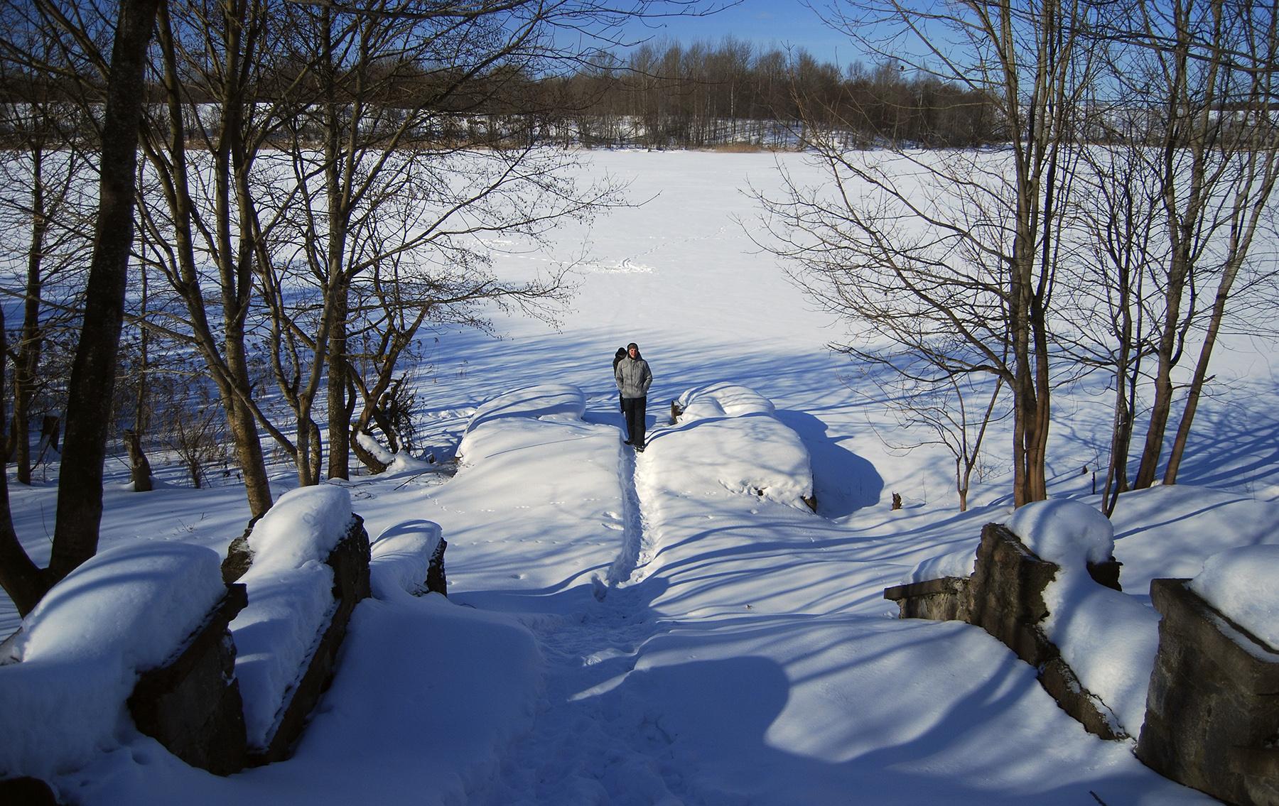 Ступени к озеру