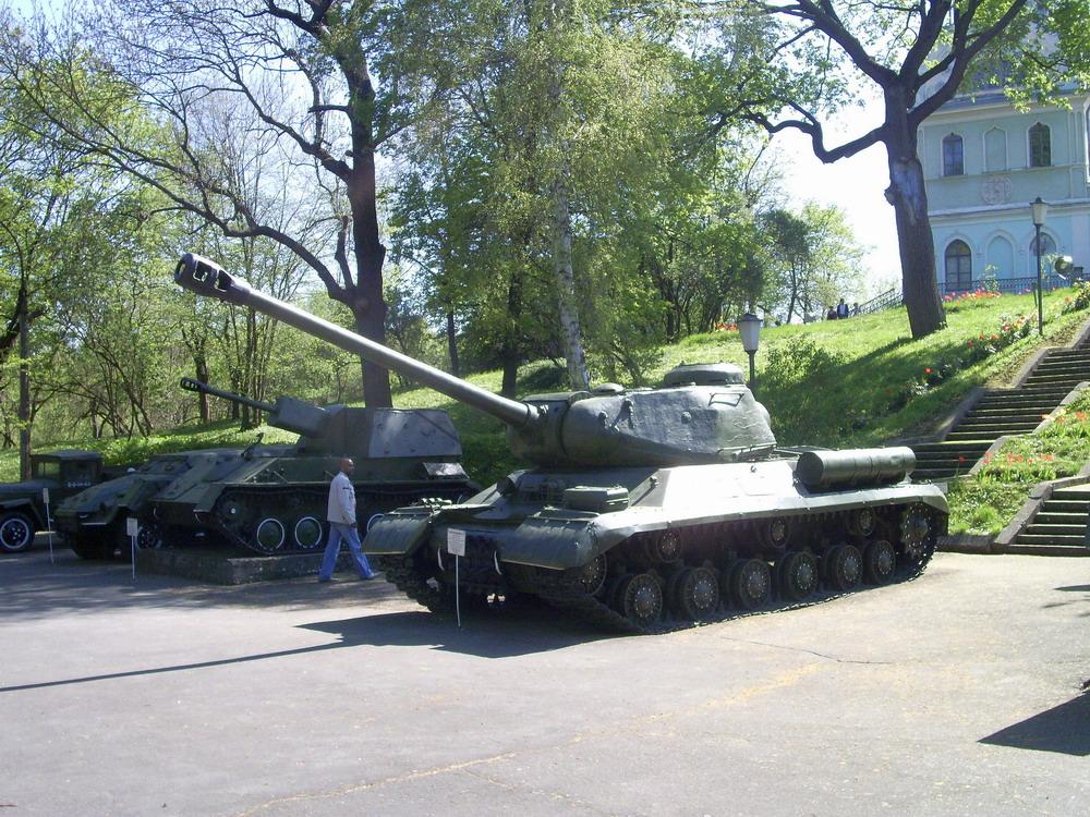 танки Корсунь