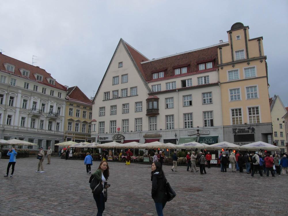 В 1997 році старе місто Таллінна було внесено в список ЮНЕСКО