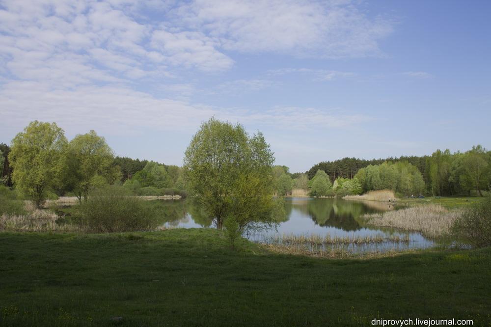 Першотравень на озері в Крутьках