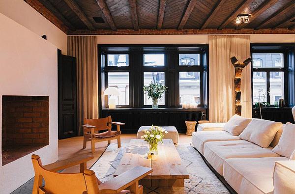 Scandinavian-apartment-Stockholm-dining-area