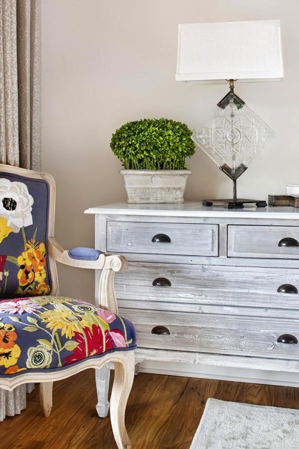 Shabby-Chic-Furniture