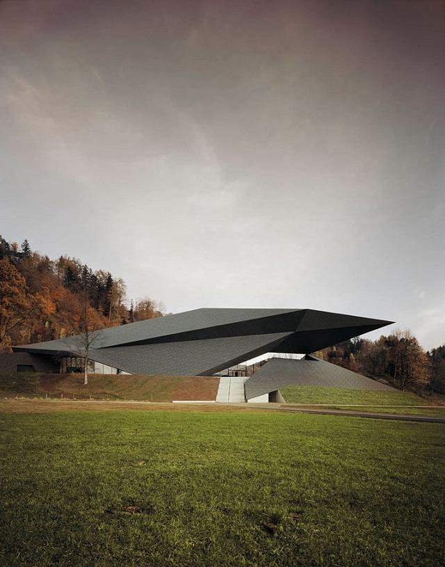 Festspielhaus-der-Tiroler-Festspiele-Erl-bei-DMAA-Architektur-und-Design-Wohn-DesignTrend-01