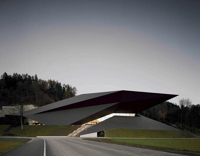Festspielhaus-der-Tiroler-Festspiele-Erl-bei-DMAA-Architektur-und-Design-Wohn-DesignTrend-02