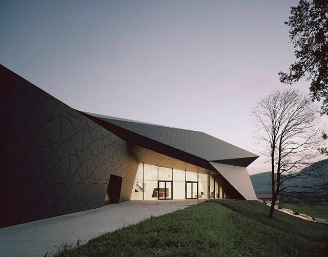 Festspielhaus-der-Tiroler-Festspiele-Erl-bei-DMAA-Architektur-und-Design-Wohn-DesignTrend-04