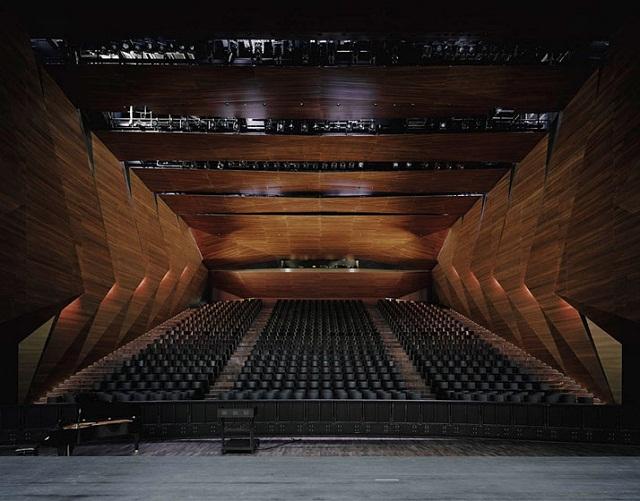 Festspielhaus-der-Tiroler-Festspiele-Erl-bei-DMAA-Architektur-und-Design-Wohn-DesignTrend-05
