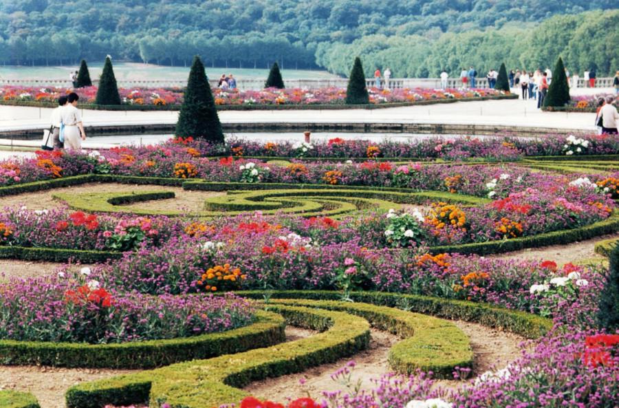 Gardens-of-Versailles1