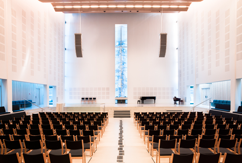 Froeyland-orstad-church-5