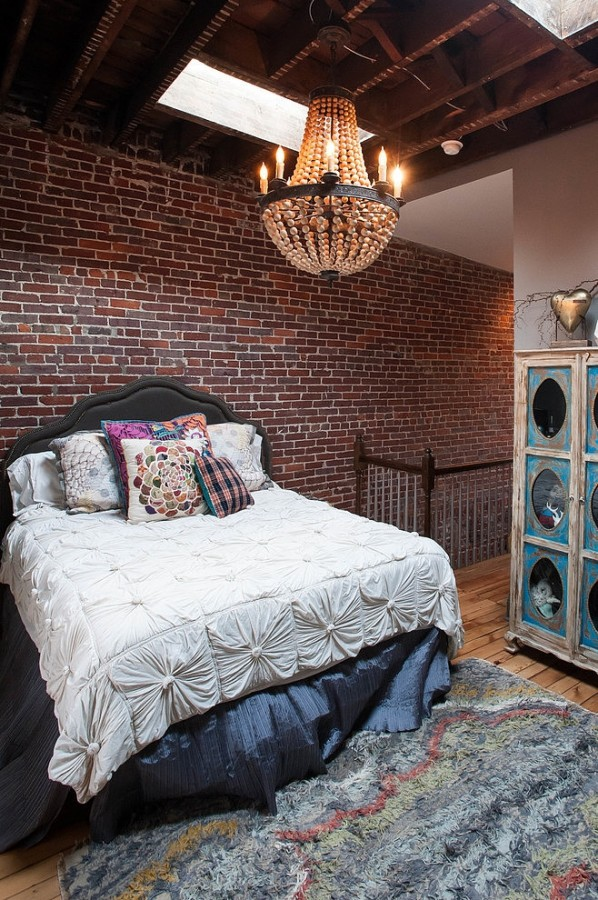 009-eclectic-urban-fairy-tale-home