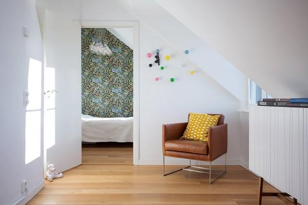 swedish-modern-house-bedroom-600x399