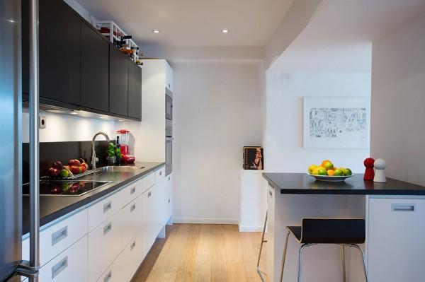swedish-modern-house-kitchen-600x399