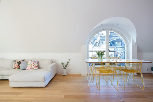 swedish-modern-house-living-space-3-600x399