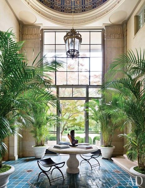 item7.rendition.slideshowWideVertical.camuto-villa-maria-09-atrium