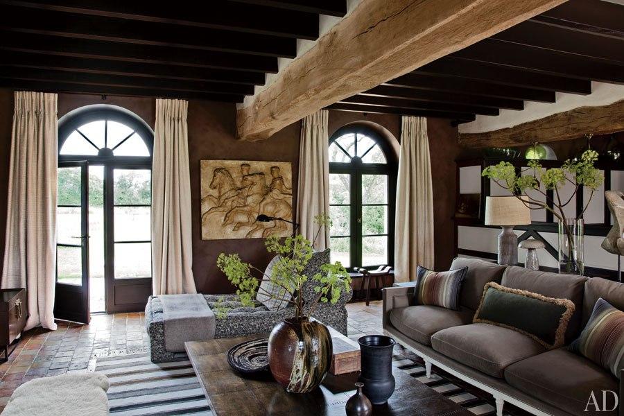 item1.size.0.0.virginie-jean-louis-deniot-french-farmhouse-01-living-room