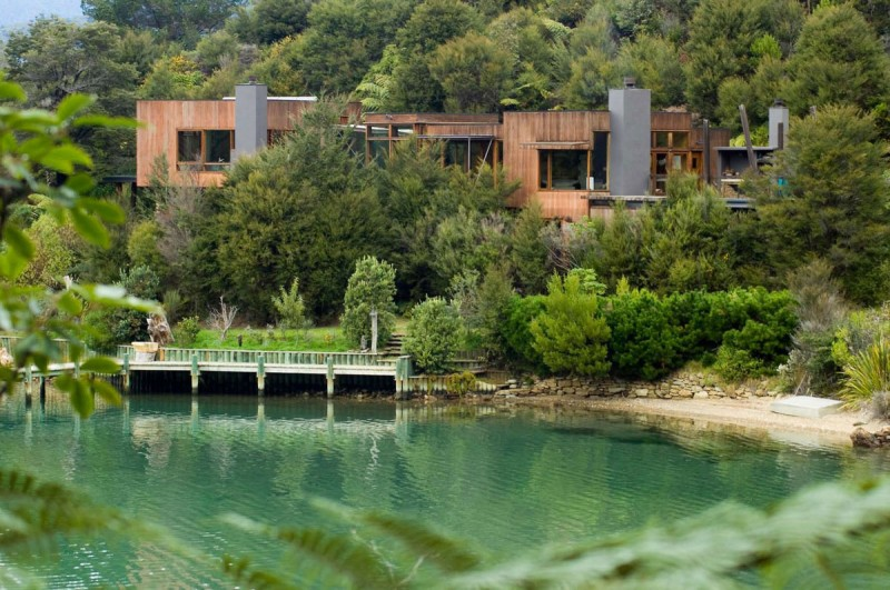 Waterfall-Bay-House-01-800x531
