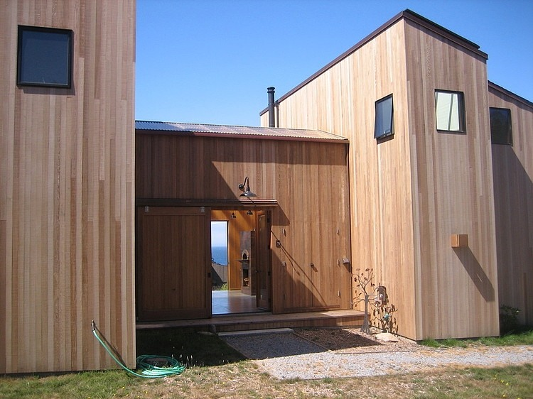 013-wooden-residence-malcolm-davis-architecture