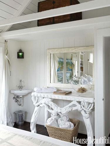 laquered-root-table-corner-sink-master-bedroom-0712-dempster18-lgn