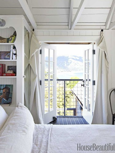 white-bedroom-juliet-balcony-0712-dempster21-lgn