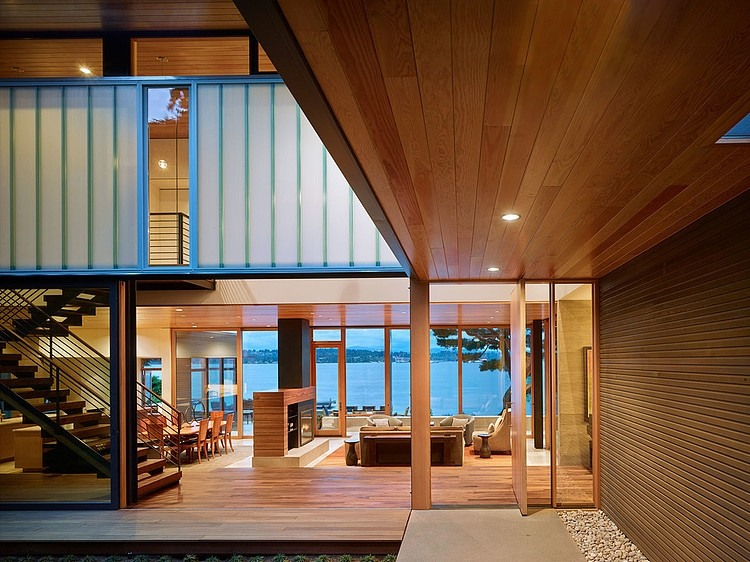 interior-Project-courtyard-house-deforest-architects