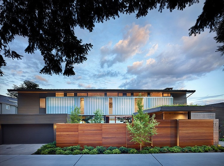 Project-courtyard-house-deforest-architects-13