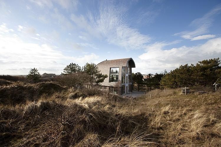 002-dune-house-min2