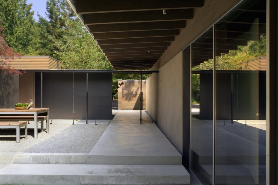 Genuine-Urban-Cabin-by-Suyama-Peterson-Deguchi-3