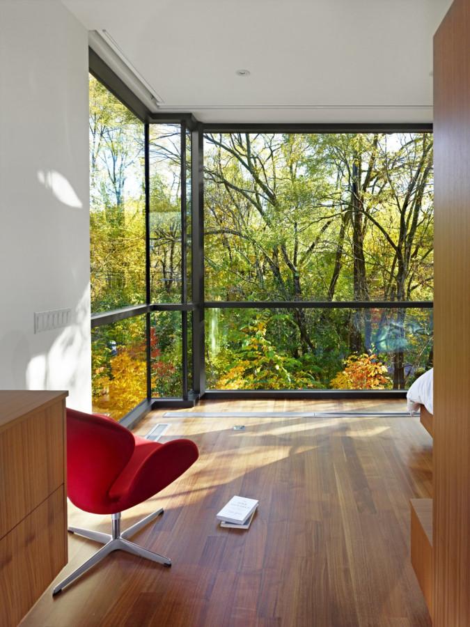 Enchanting-Cedarvale-Ravine-House-by-Drew-Mandel-Architects-12