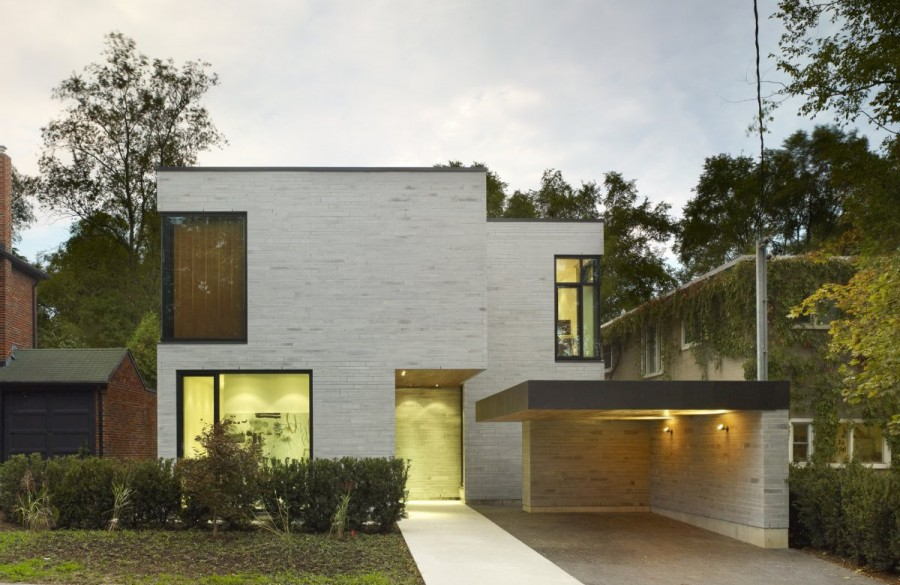 Enchanting-Cedarvale-Ravine-House-by-Drew-Mandel-Architects-14