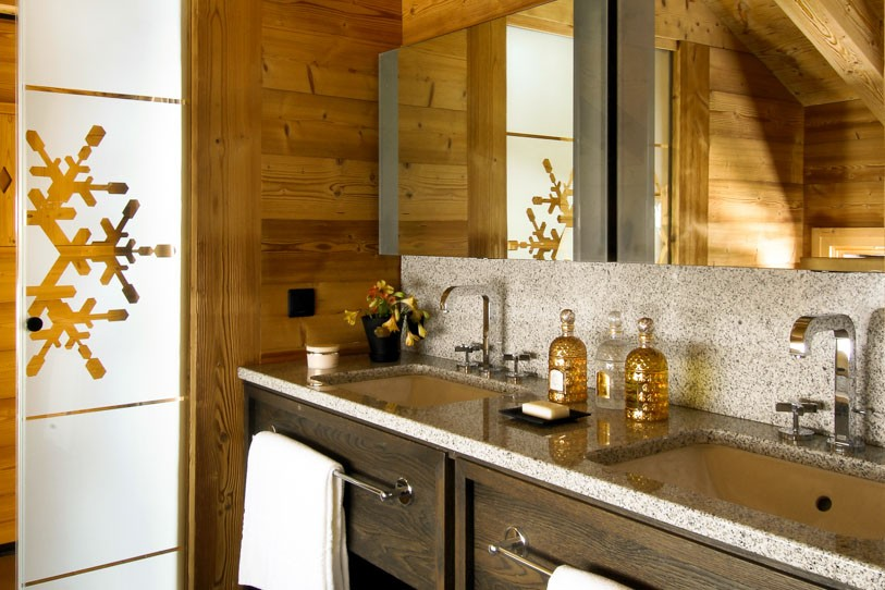 Luxurious-interior-of-Chalet-Emma
