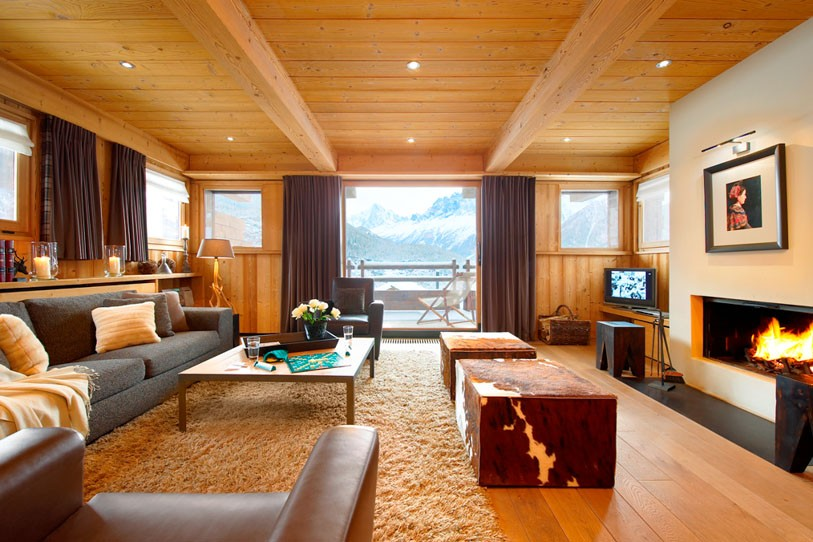 Luxurious-living-space-of-Chalet-Emma