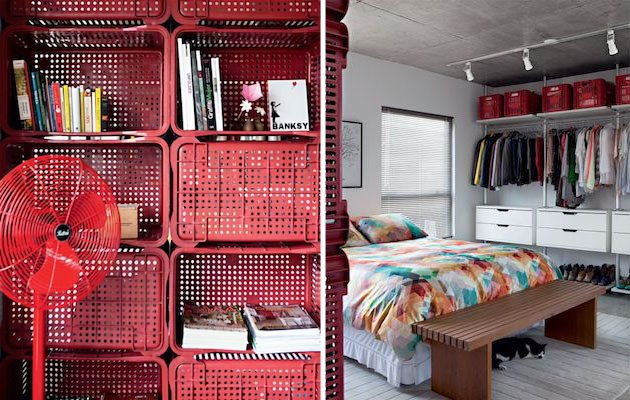 Small-Studio-Apartment-Divided-with-Plastic-Crates-3