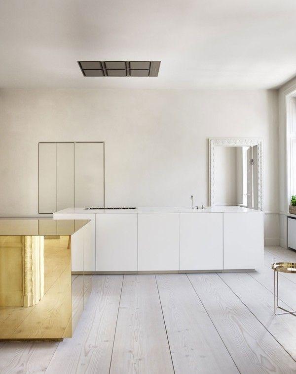claessen-rune-brass-cube-kitchen_0