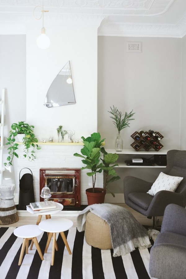 4-Tips-on-Styling-Your-Fireplace-Mantel-on-the-Interior-Collective-3