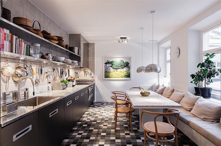 011-stunning-apartment-middle-stockholm